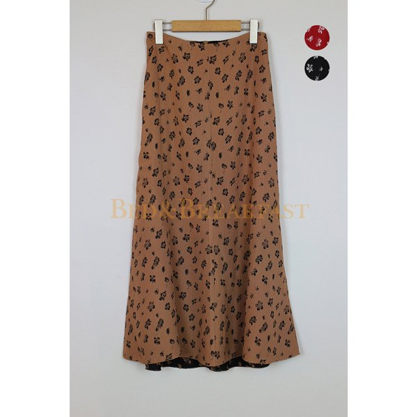 【予約】<br />BED&BREAKFAST<br />SummerFlowerJaquard Skirt