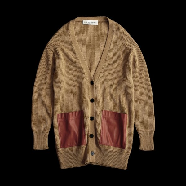 THE SHINZONE<br /> LEATHER POCKET CARDIGAN /BEIGE