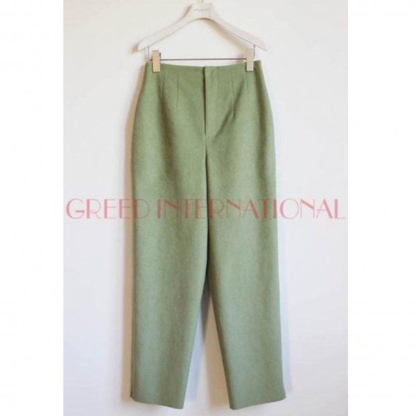 50%Off<br />GREED International<br />Soft Suede Pants<img class='new_mark_img2' src='https://img.shop-pro.jp/img/new/icons20.gif' style='border:none;display:inline;margin:0px;padding:0px;width:auto;' />