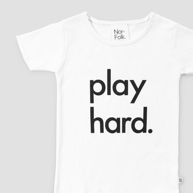 【40%OFF】Play Hard Tee White img1