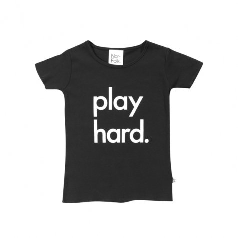 【20%OFF】Play Hard Tee Black