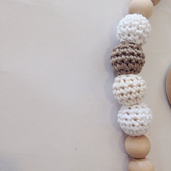 Snickerdoodle Clip Crocheted Beads Pacifier Clip おしゃぶりホルダー img3
