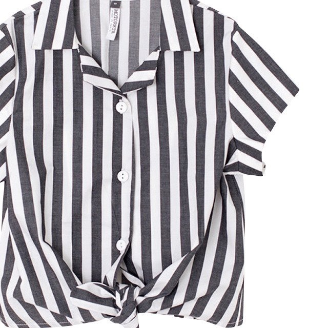 【SALE 50%OFF】JARA BLOUSE BLACK AND WHITE STRIPES img1