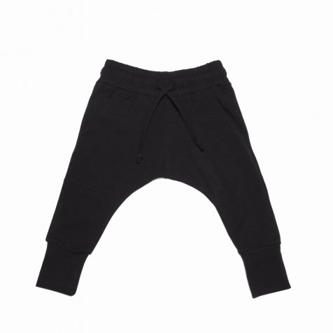 【2月末入荷予定】Slim fit jogger black