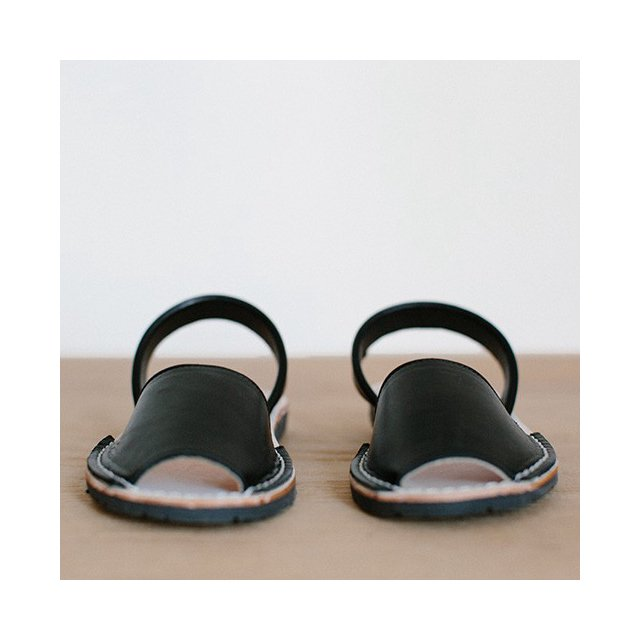 【SUMMER SALE 20%OFF】Avam Sandals Black img1