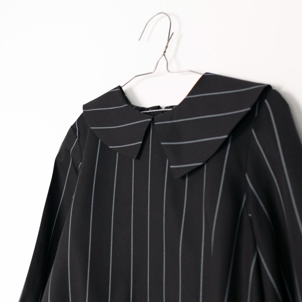 【SALE 40%OFF】ELMA BLOUSE Black with grey lines img3