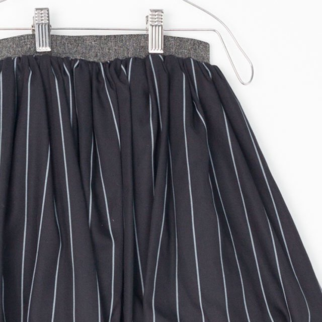 【MORE SALE 50%OFF】COLETTE SKIRT Black with grey lines img2