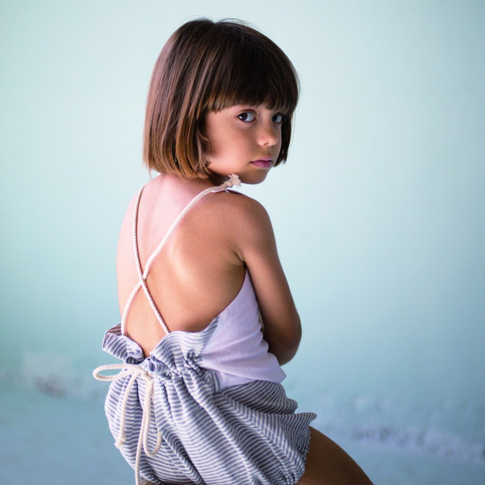 【50%OFF】Reversible white bather-style romper suit img7