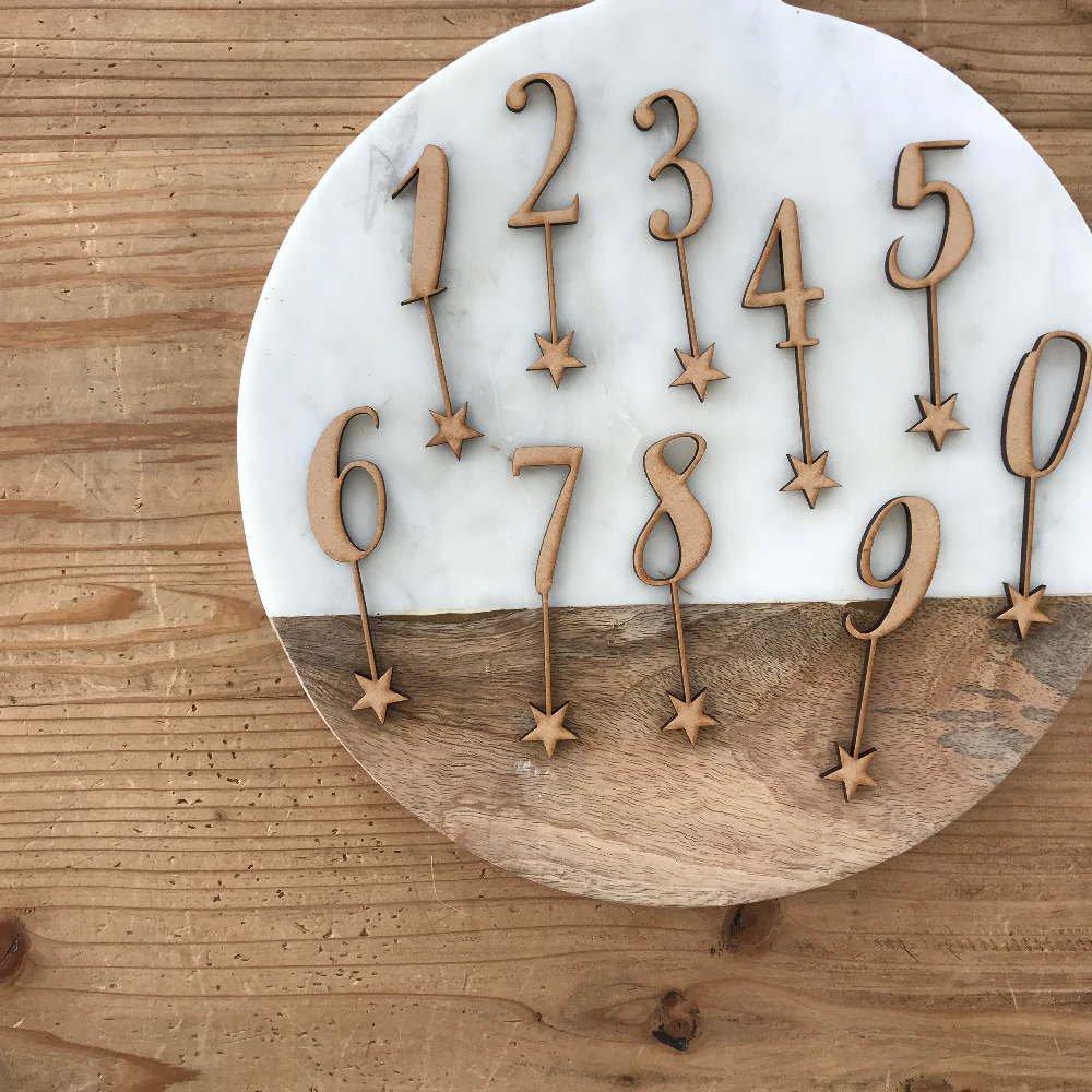 number 0-9 sets 木製ナンバートッパーセット img2