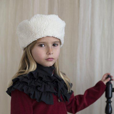 Sheepskin-style Russian-style hat
