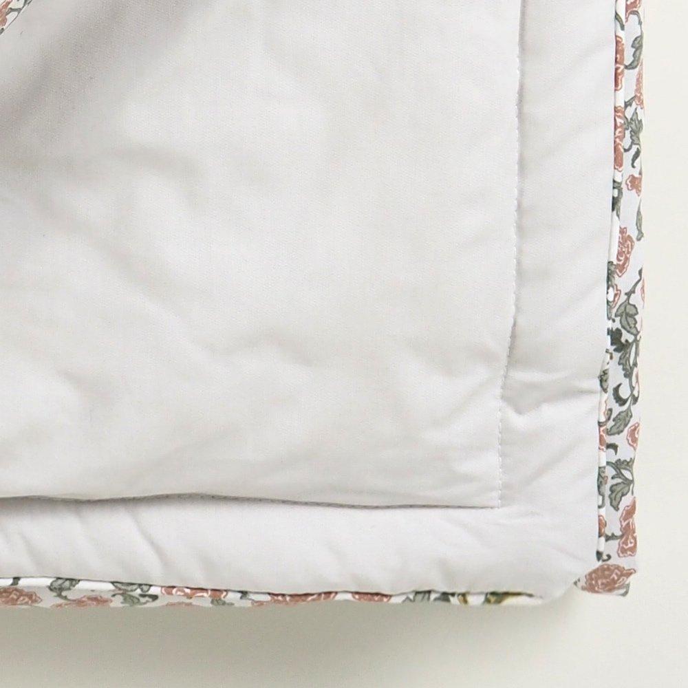 【追加販売】Floral Vine Filled Blanket img5