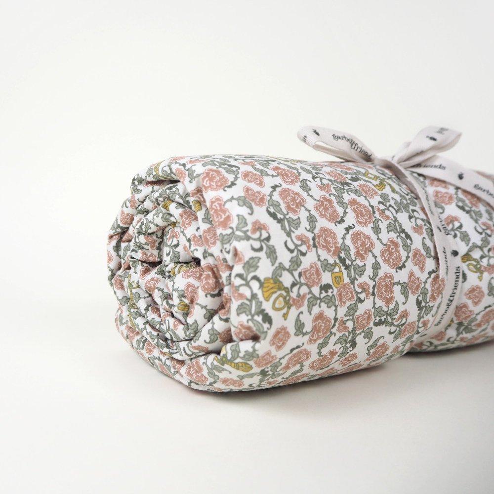 【追加販売】Floral Vine Filled Blanket img6