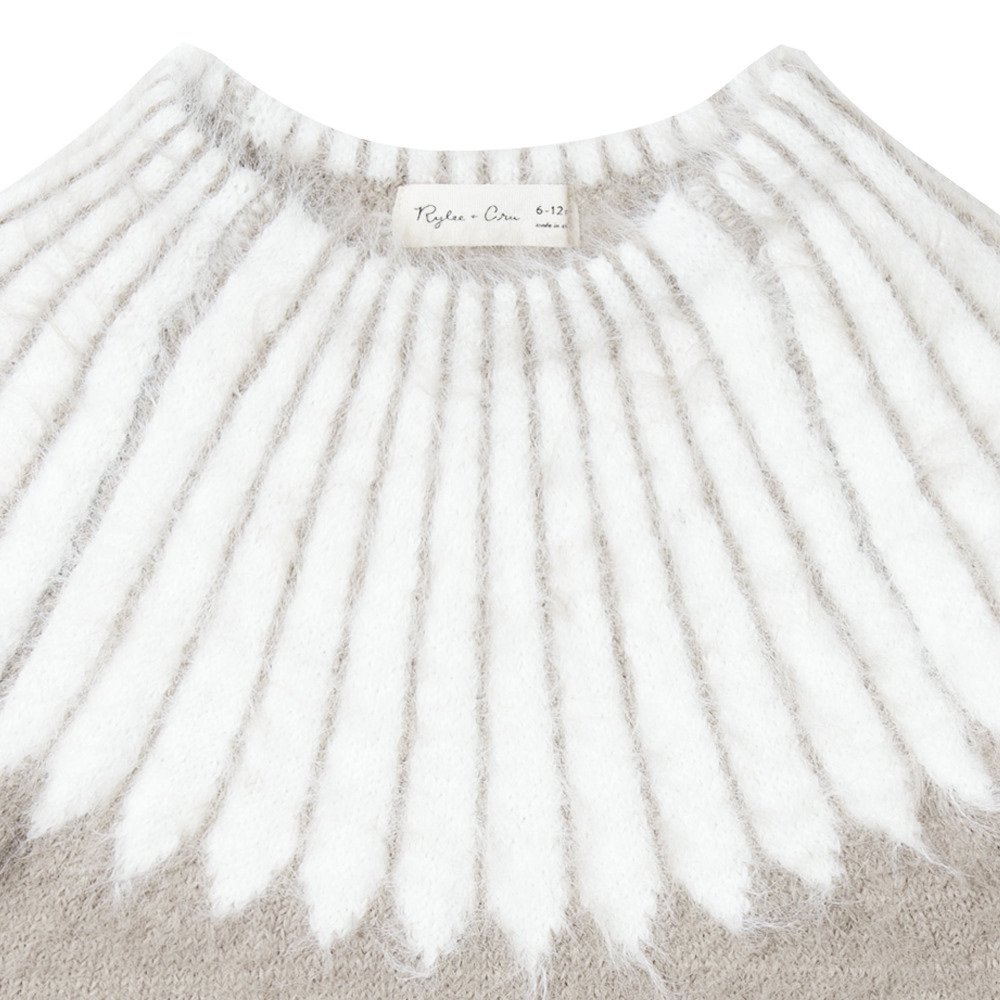 chalet sweater img3
