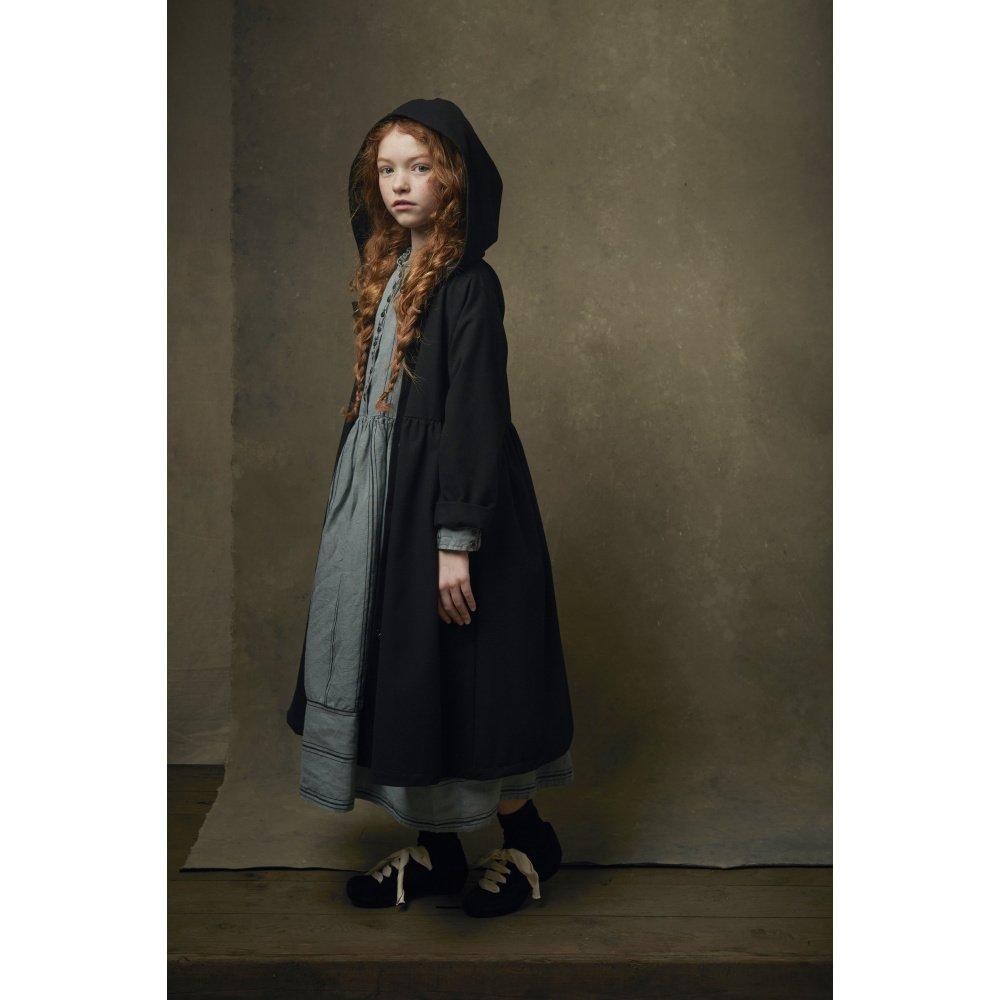 【8月末入荷予定】Smart Hooded Dress black img1