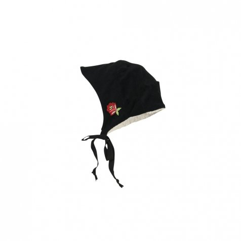Black reversible bonnet