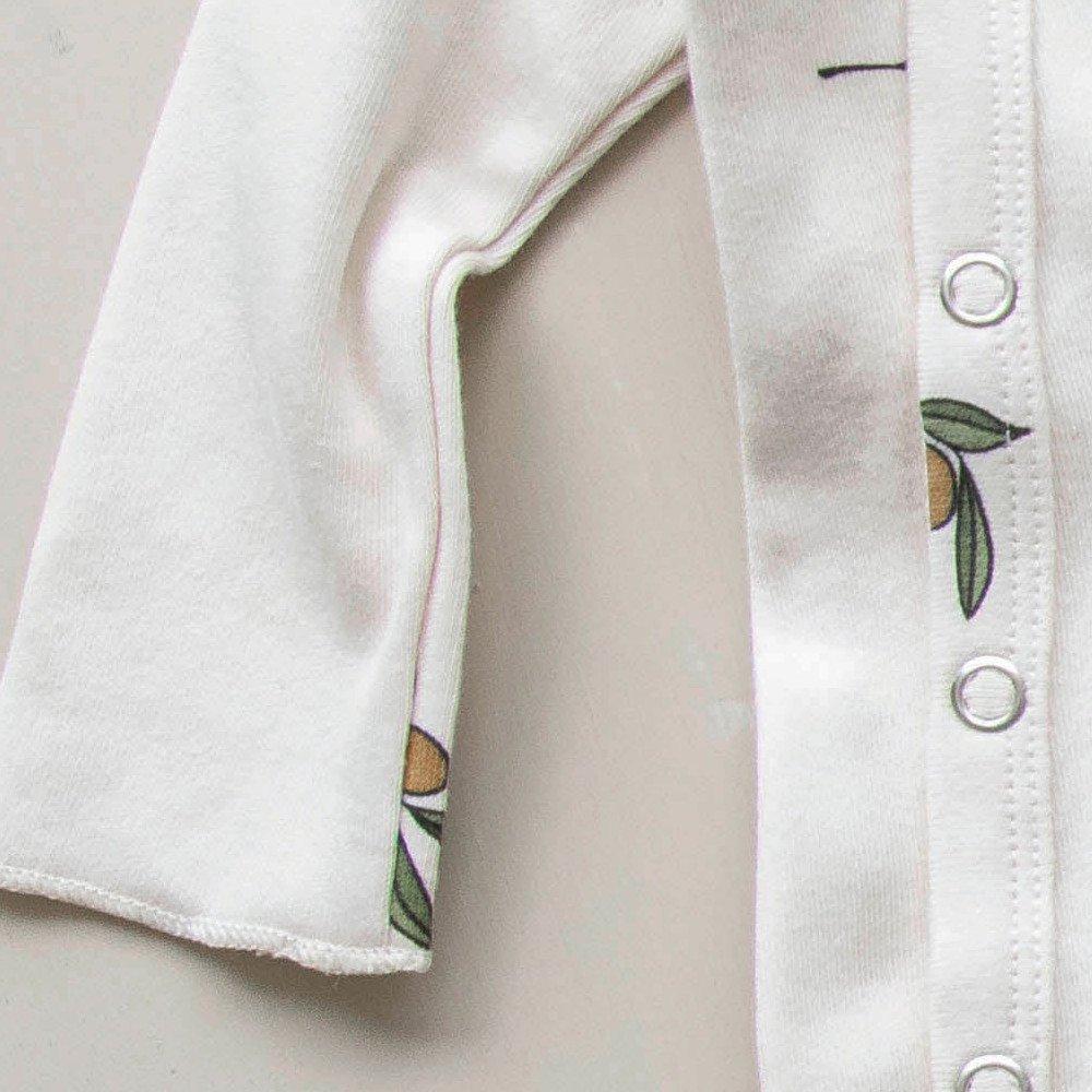 Olive Garden Suit w contrast feet img2