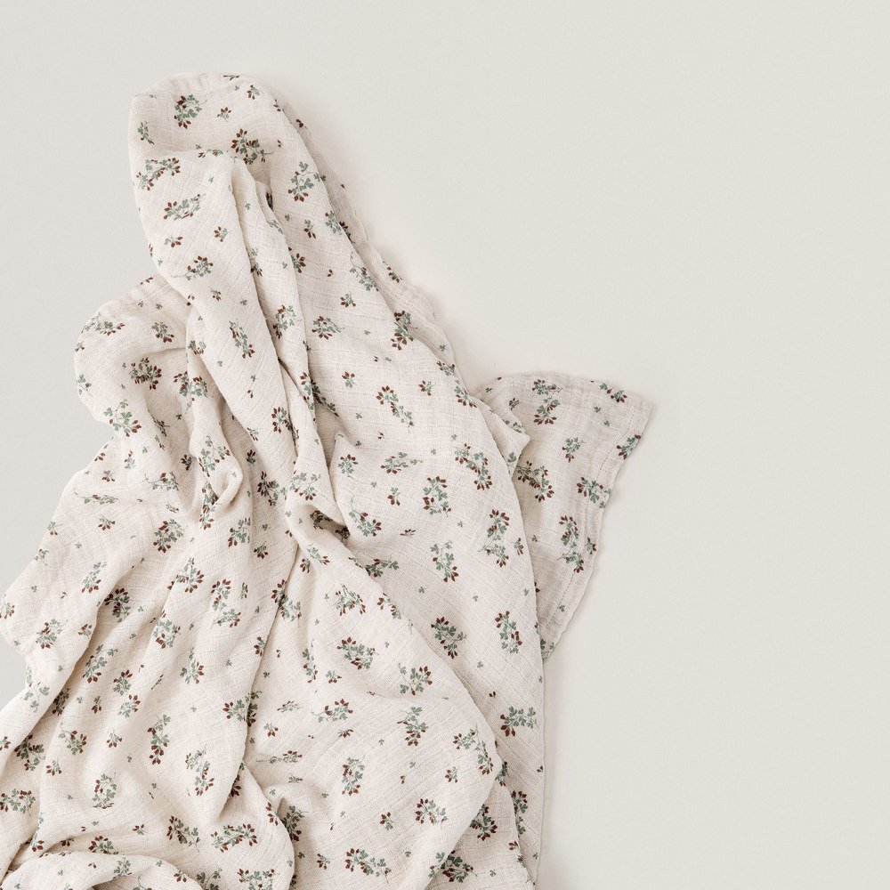 Clover Muslin Swaddle Blanket img2