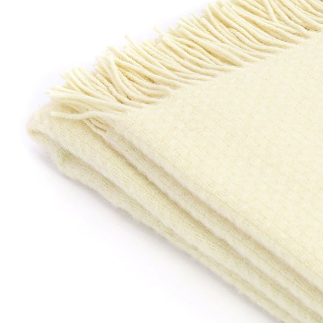 【20%OFF】Pure New Wool Shawl Wafer Cream img2