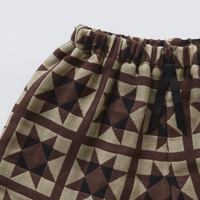 Amish quilt shorts brown img1