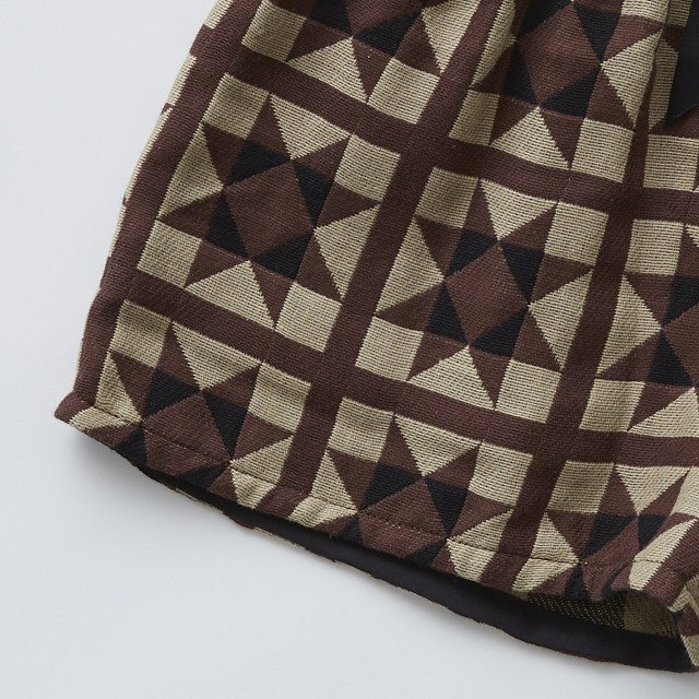 Amish quilt shorts brown img2