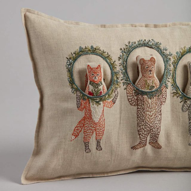Christmas Wreath Trio Pocket Pillow (Cover Only) img3