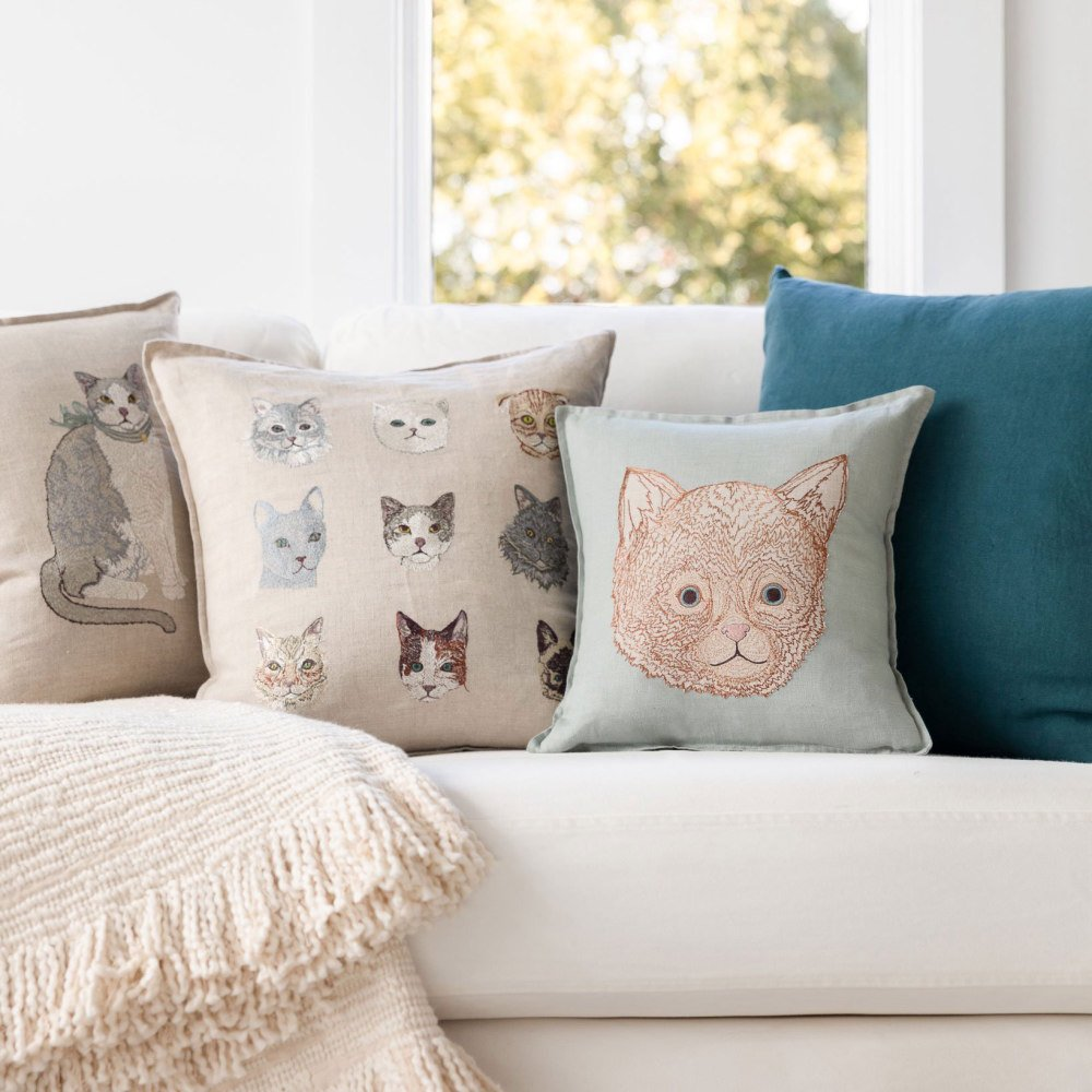 Kitten Applique Pillow (Cover Only) img3