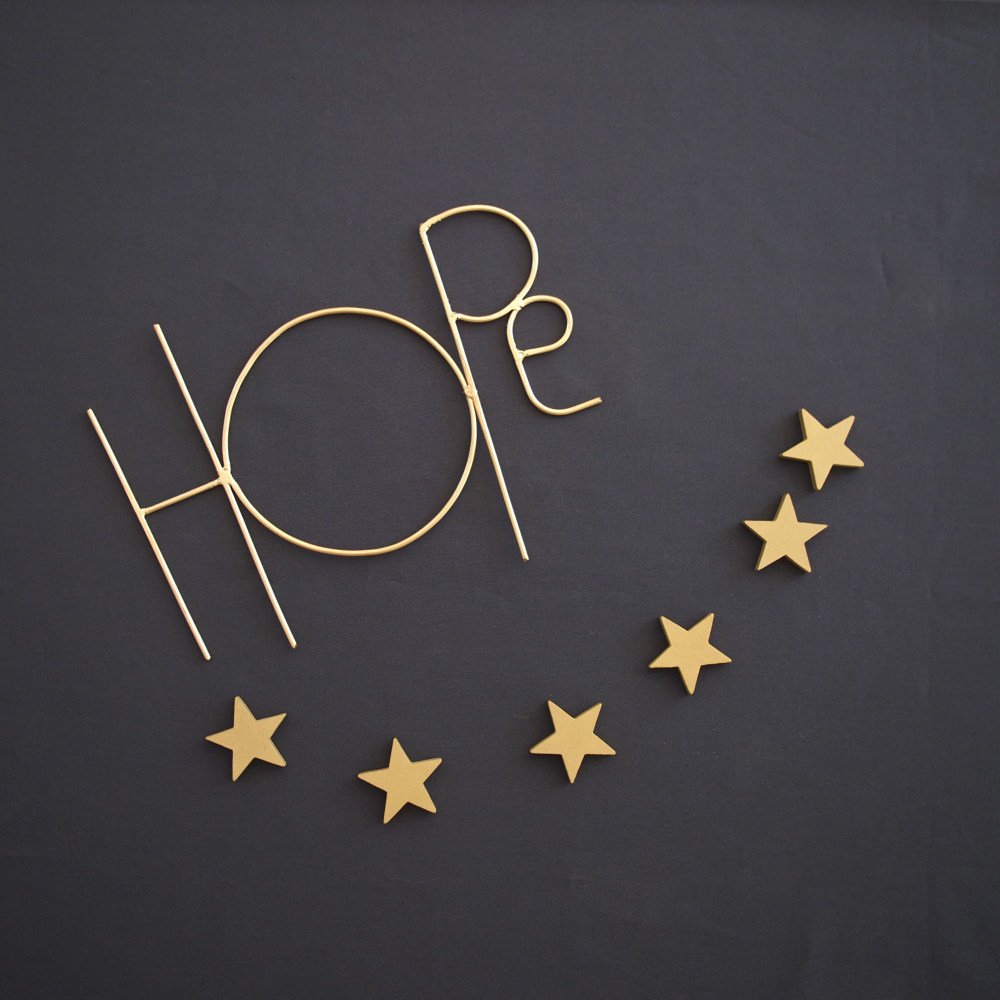 Wall Sculpture Words HOPE GOLD img3