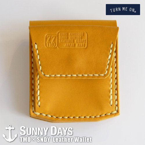 TURN ME ON × SNDY  Leather Wallet  ゴールドイエロー<img class='new_mark_img2' src='https://img.shop-pro.jp/img/new/icons57.gif' style='border:none;display:inline;margin:0px;padding:0px;width:auto;' />