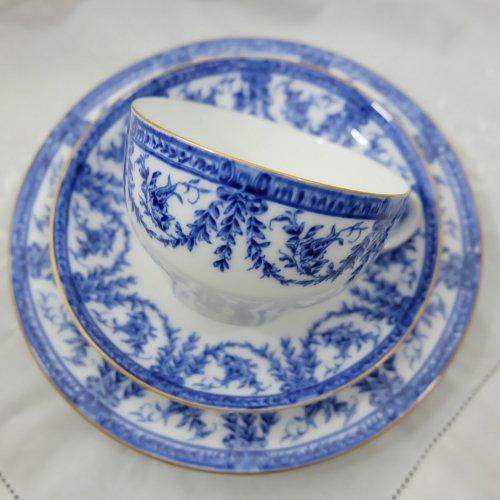 1898年・ロイヤルウースター・ブルー&ホワイトのティーカップトリオ(送料込)