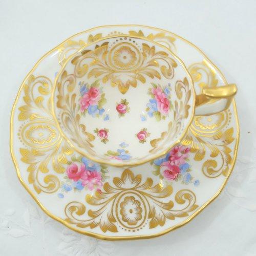 コウルドン・ミニチュア金彩と手描きで色付けられたカップ&ソーサー(送料込)