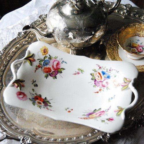 1820年代・スポード・ハンドル付きお花の絵柄の長方形のバスケット(送料込)