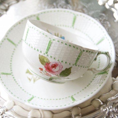 ウェッジウッド・ヴィクトリア時代初期・ティーカップ&ソーサー(送料込)