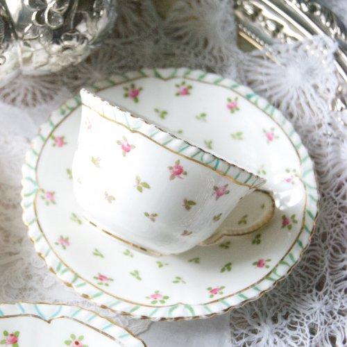 クラウンスタフォードシャー・ターコイズブルーのライン模様と小さなバラのティーカップ&ソーサートリオ(送料込)