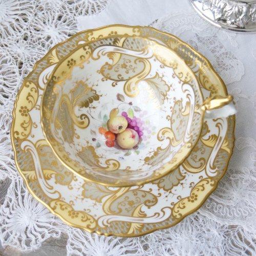 サミュエルオールコック・1840年代・金彩と果物の絵柄のティーカップ&ソーサー(送料込)