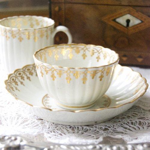ウースター・ディビス&フライト期・金彩で描かれたジュエルのような模様のティーボール・コーヒーカップトリオ(送料込)