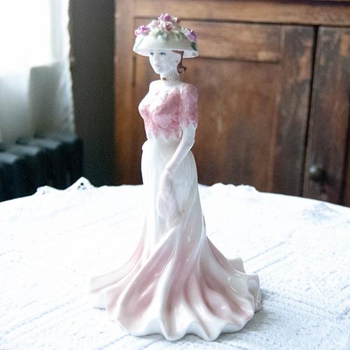 コールポート ・フィギュリン・ピンクのバラがたくさんの帽子のリズ(送料込)