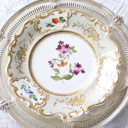 1830年・コールポート・グレー色と金彩・繊細な手描きの蝶々とお花のデザートキャビネットプレート(送料込)