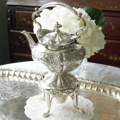 1900年初期・シルバープレート・バラのレピュセーが美しい小ぶりのティーケトル (送料込)