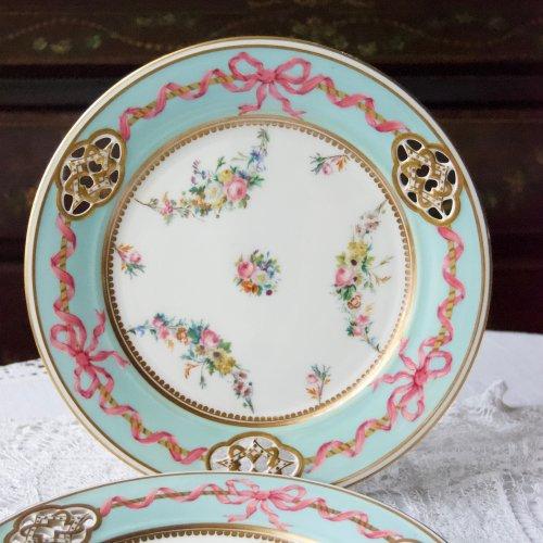 1840年代・ミントン・水色の縁取りとピンクのリボンのデザートプレート(送料込)