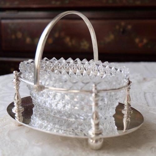 ヴィクトリア時代・カットクリアガラスのオーバル型のジャムディッシュ(送料込)
