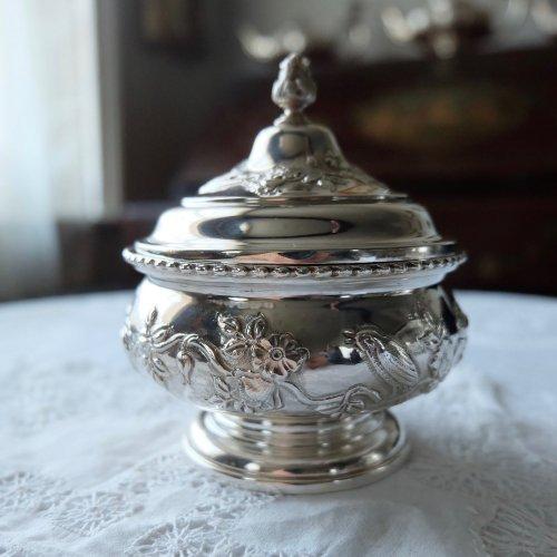 エドウォーディアン・純銀・お花と鳥の模様の小さなティーキャディ(送料込)