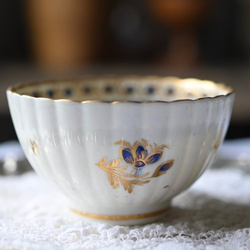 1700年代後期・カーフレイ 星形のガーランド柄ティーボウル(送料込)