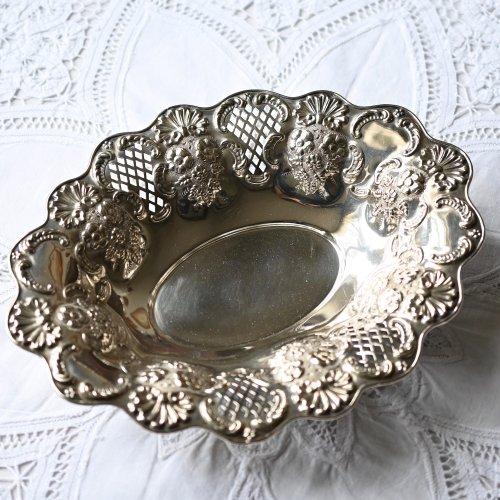 エドワード時代・貝殻模様が美しいシルバープレート製オーバル型フルーツボウル(送料込)