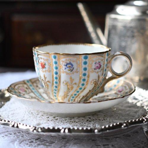 1860年代・ミントン・稀少・ミントンブルーのジュエルと手描きの花々のカップ&ソーサー(2)(送料込)
