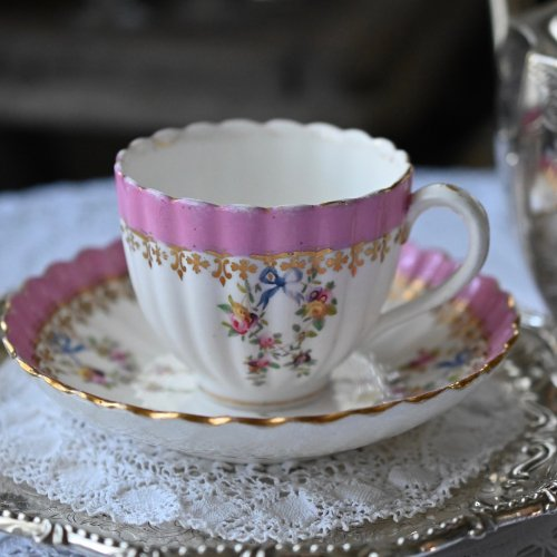 1855年ミントン ポンパドールピンクと花柄のロココ調デュオ(送料込)