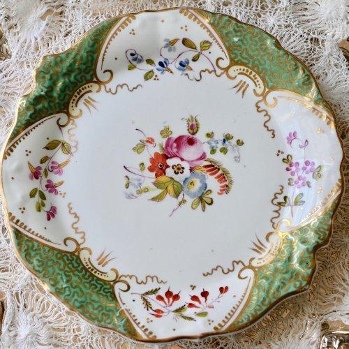1840年代・グリーンと金彩 手描きのブーケ柄のサンドウィッチプレート(送料込)