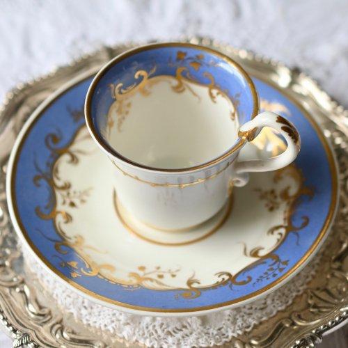1800年代初期 ライラックカラーと金彩がエレガントなサーペントハンドルコーヒーカップ&ソーサー(送料込)