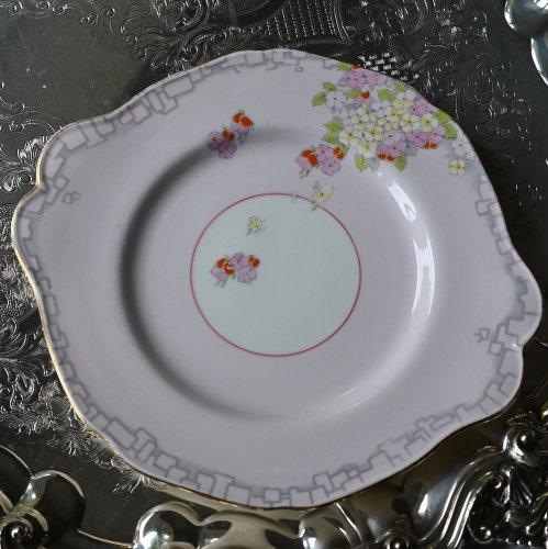1930年代 パラゴン 金彩で縁取ったピンクを基調とした花のハンギングブーケが可愛らしいサンドイッチプレート(送料込)