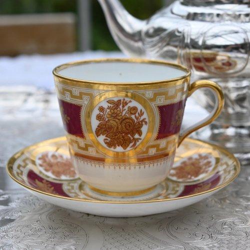 1840年代・ミントン  転写絵柄が美しいマルーンカラーと金彩のティーカップ&ソーサー(送料込)