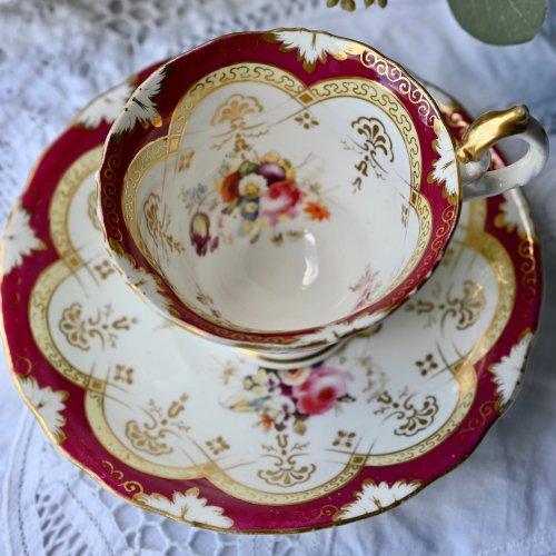 1840年代・サミュエルオールコック マルーンカラーと金彩がゴージャスなオリエンタル調のコーヒーカップデュオ(送料込)